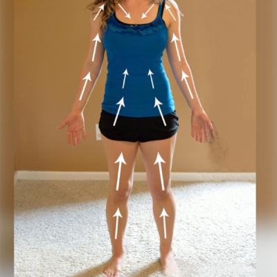 Il body brushing rituale di benessere rivitalizza corpo e mente